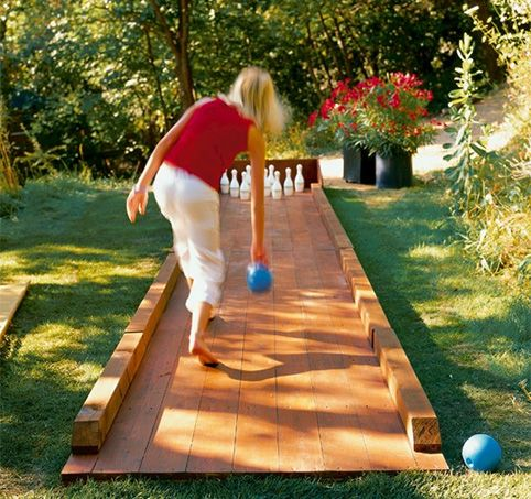 Outdoor Bowling